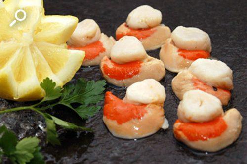Ostiones picantes con verduras rayadas